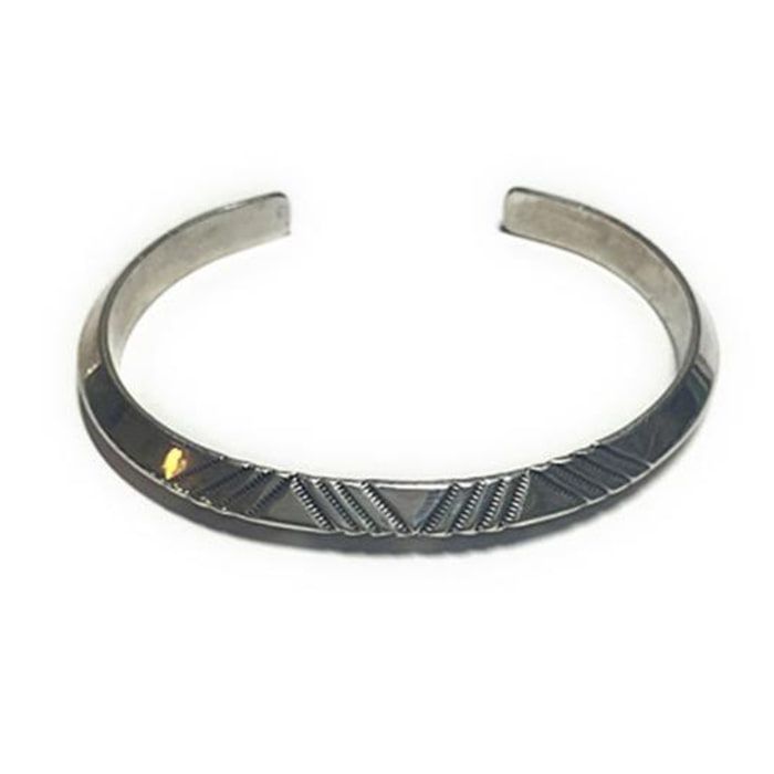 노스웍스 Stamped Triangle Bangle(W-214)