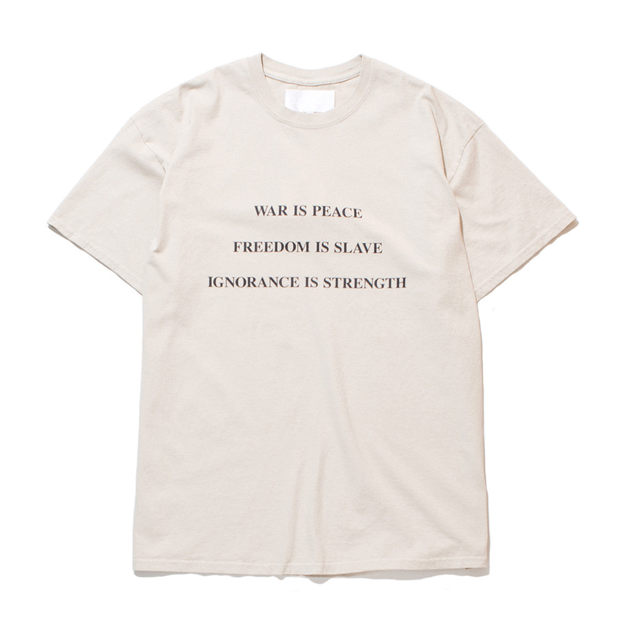 가쿠로 WAR IS PEACE T-Shirt_Sand