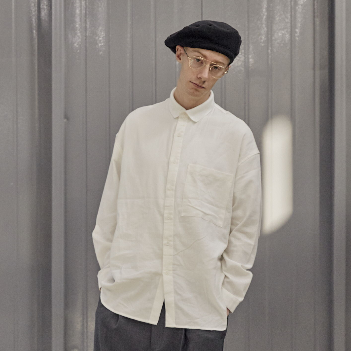 데일리인 LOBBY BOY SPORTS COLLAR FLANNEL OVERSIZED SHIRT_White