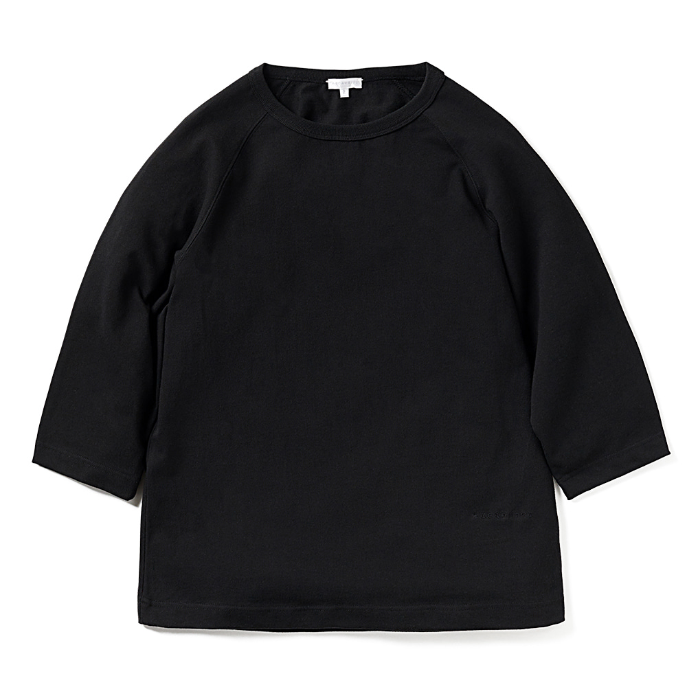 에이카화이트 LOUISE RAGLAN TEE_Black