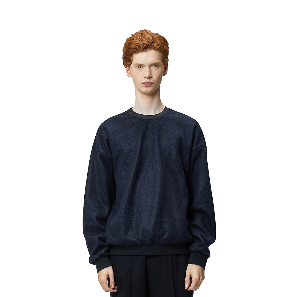 에이카화이트 NORD OVERSIZE SWEAT_Navy