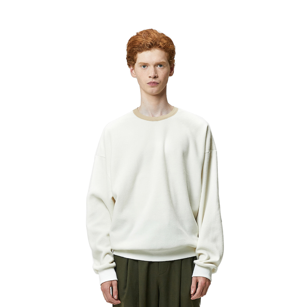 에이카화이트 NORD OVERSIZE SWEAT_Ivory