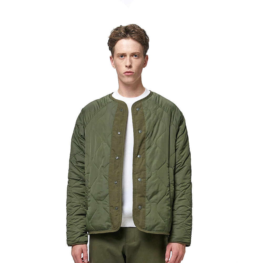 에이카화이트 REVERSIBLE QUILTED JACKET_Khaki