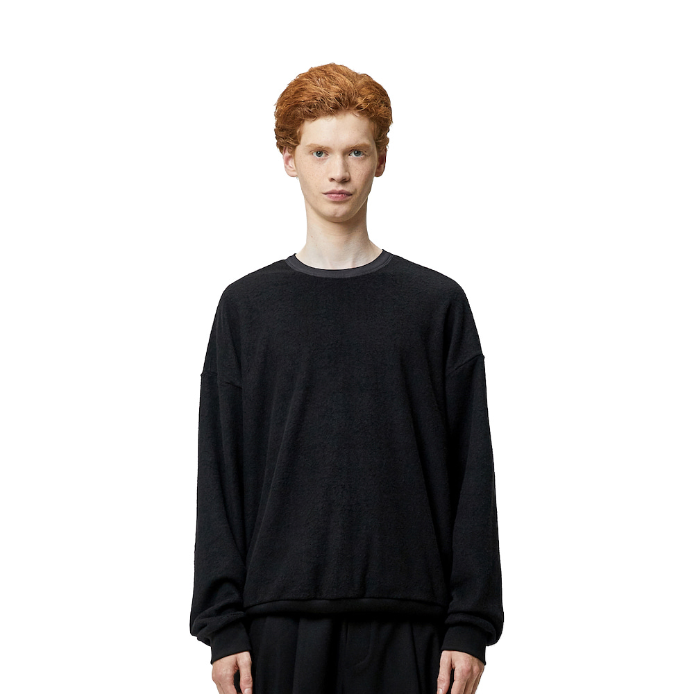 에이카화이트 NORD OVERSIZE SWEAT_Black
