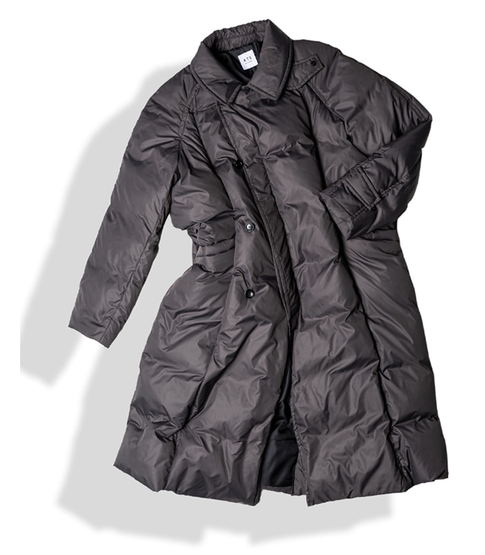 아티튜드 MAXI RAP DOWN COAT (Smoke)