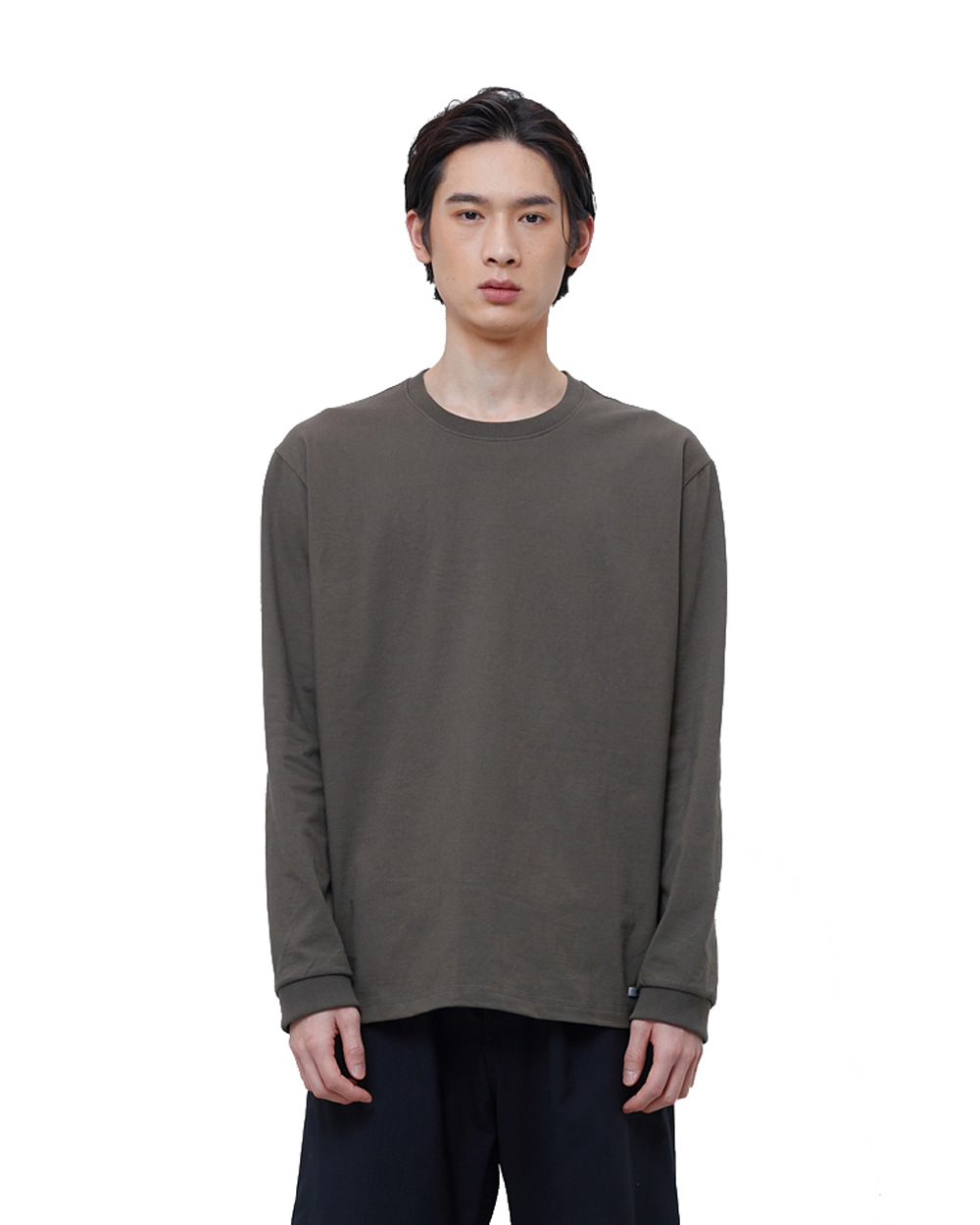 에이카화이트 FINEST COTTON LONG SLEEVE TEE (Olive)