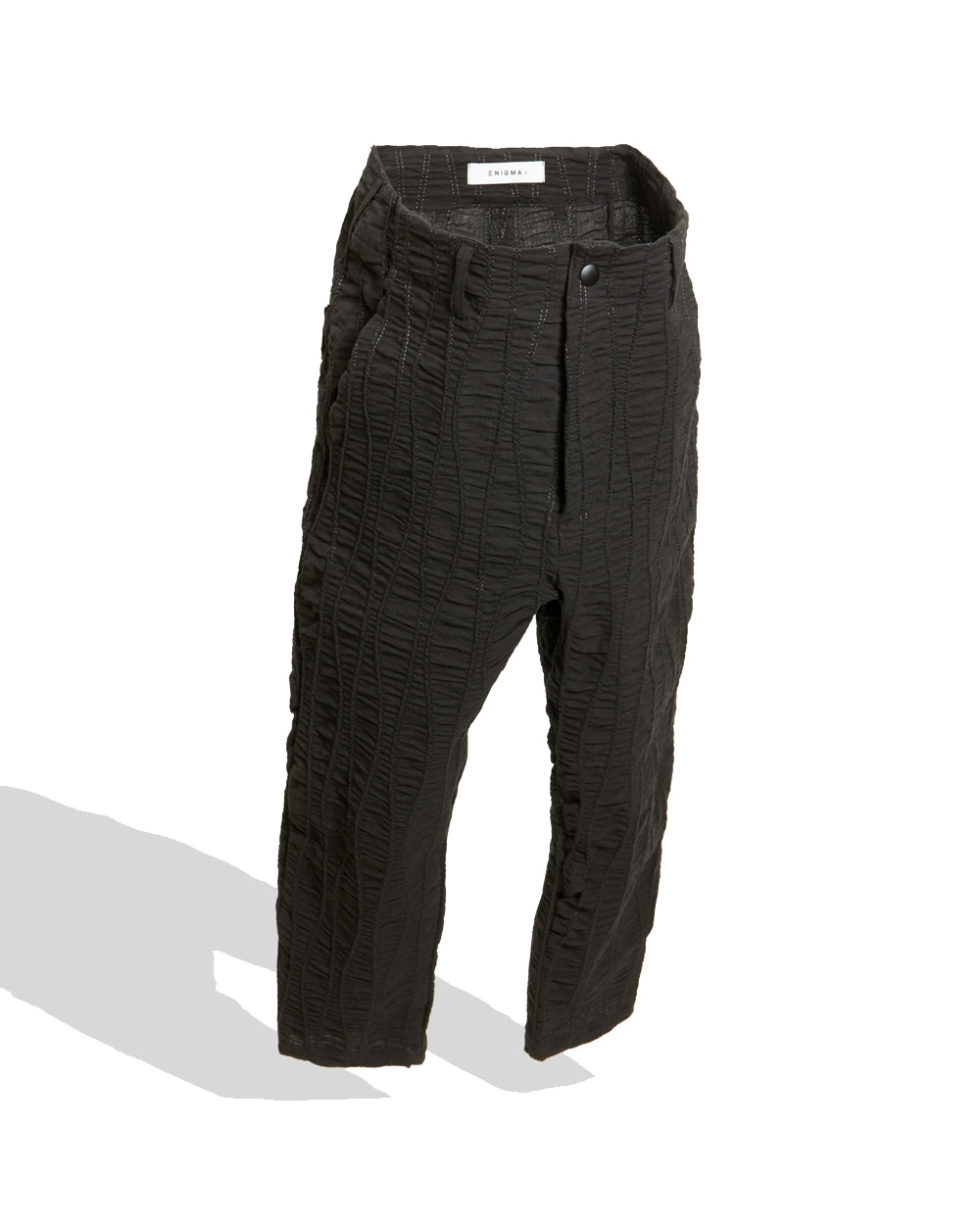 이니그마 Cropped Dart Pants (Black crease)