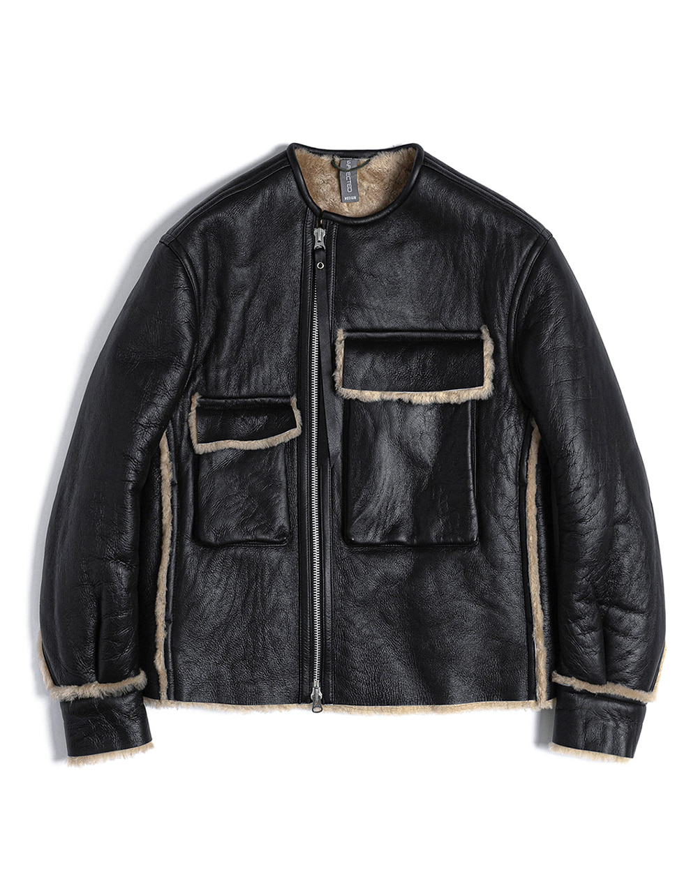 언어펙티드 PATCH POCKETS MOUTON JACKET (Black)